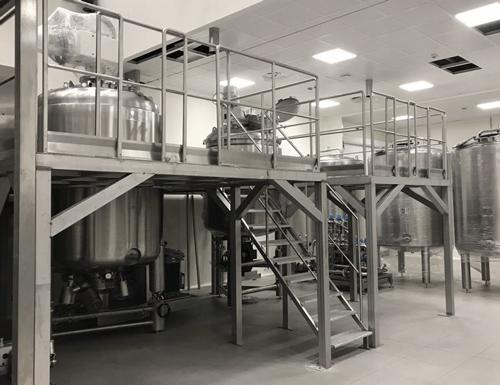 Nuova linea di produzione di gel, shampoo e creme